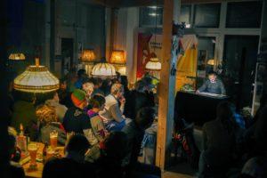 Franken: Peter Brunnert Lesung im Café Kraft in Nürnberg