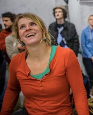 Das Bild zeigt Christiane Hupe wie sie lacht :-)